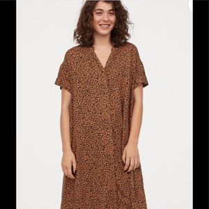 H&M Kaftan leopard 🐆dress
